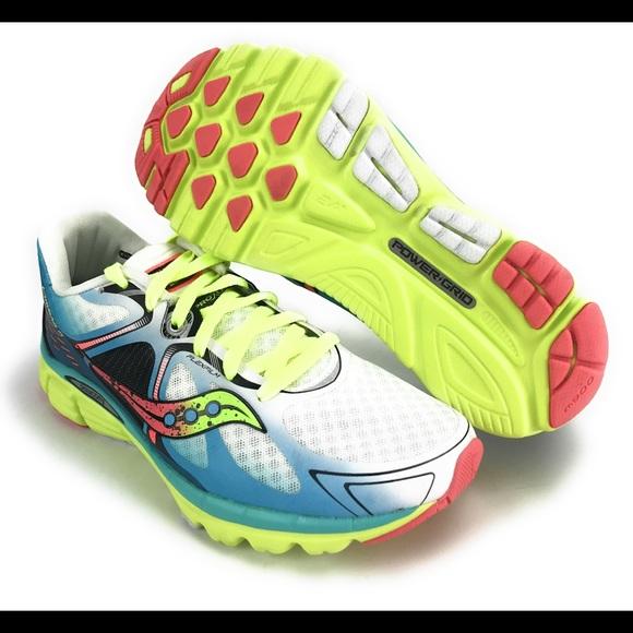 8a0e875e2676 Saucony Womens Kinvara 6 Coral Running Shoes